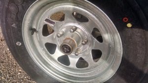 A vault protected hub will not leak grease.  See how clean this hub and wheel are after 3000 miles.